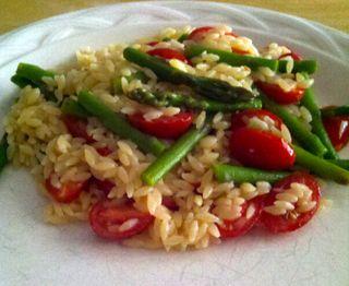 Orzo_aspargus_tomato