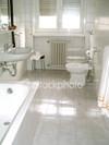 Clean_bathroom